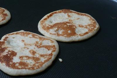 南部小麦と雑穀「ひえ」と甘酒でパンケーキ